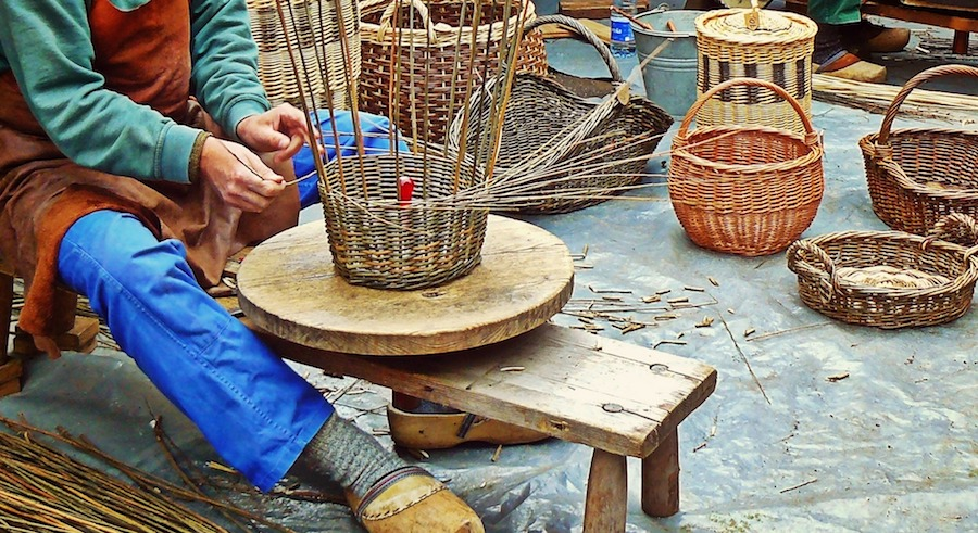 authentic travel experiences watching basket maker